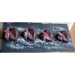 4ks Čokoládová srdíčka s ovocem a Balyeis